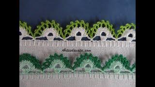 Bico de crochê verde e branco