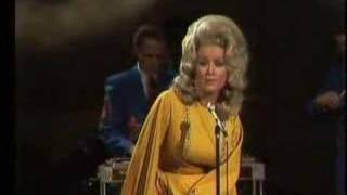 Gambar cover Dolly Parton - Coat Of Many Colors