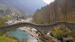 4K Valle Verzasca Lavertezzo Ticino SWITZERLAND アルプス山脈 川 谷
