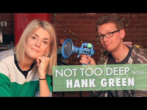 HANK GREEN IS A BAD FRIEND? // Grace Helbig