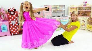 Diana e Maggie querem o mesmo vestido.