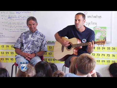 Musician Jack Johnson supports Hokulea