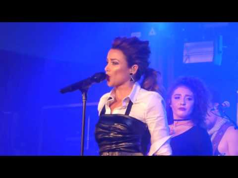 Dannii Minogue - 80's/90's Medly (Baby Love, Love And Kisses and This Is It)GH Hotel 09/06/16