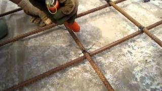 Как вязать арматуру крючком(крючок для вязки арматуры., 2011-03-02T12:53:38.000Z)