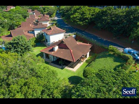 R3,100,000 - 1 San Hills Street, Seaward Estates-4 Bed Home-Amazing Garden&Beautiful Private Setting