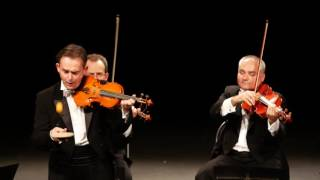 MozART Group - Humour et finesse