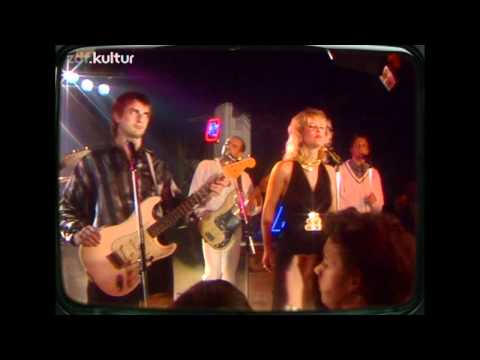 Mike Oldfield - Pictures In The Dark *Live 1986* HD