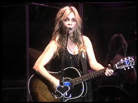 SUNNY SWEENEY From A Table Away 2011 LiVE @ Gilford