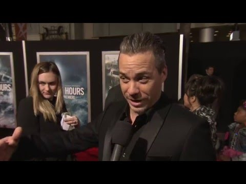 The Finest Hours World Premiere   Michael RaymondJames