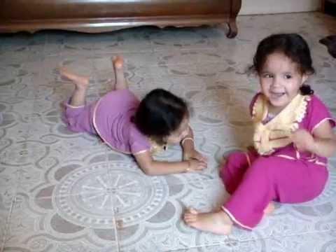racha amira video mama jabet bébé