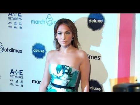 Jennifer Lopez Wants to Date Older More Established Men | Splash News TV | Splash News TV