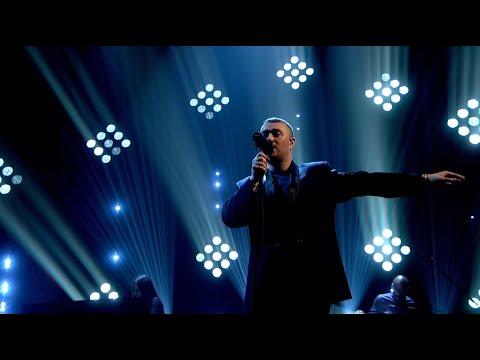 Sam Smith - Diamonds [Live on Graham Norton HD]