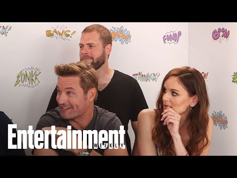 Colony Season 3 Josh Holloway, Sarah Wayne Callies & Tory Kittles  SDCC 2017  Entertainment Weekly