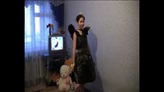Как сшить платье для осеннего бала(Видеролик был снят для конкурса. Надо было взять типа из мусорки)., 2012-04-22T21:41:53.000Z)