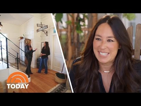 fixer-upper-star-joanna-gaines-gives-a-tour-of-her-family-farmhouse-|-today
