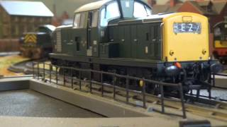 Heljan Class 17 (17011) Diesel BR Green on Turntable (DCC Sound)