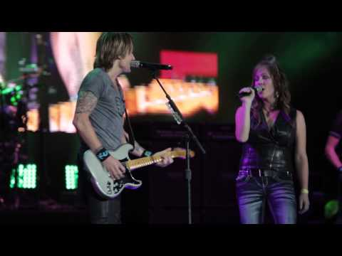 Video   Keith Urban & Suzette DeBartolo - SALTLAKECITY,2014