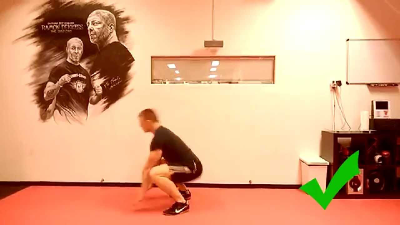 Burpees - correct and bad form - YouTube