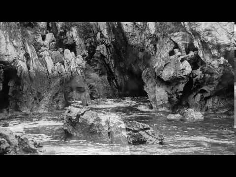 "Gulpiyuri: ""The circle of water"""