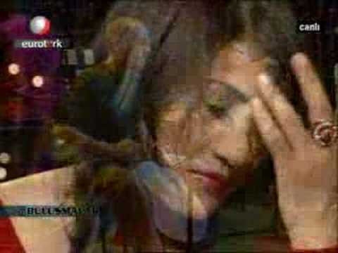 Aynur Dogan - Ahmedo (canli)