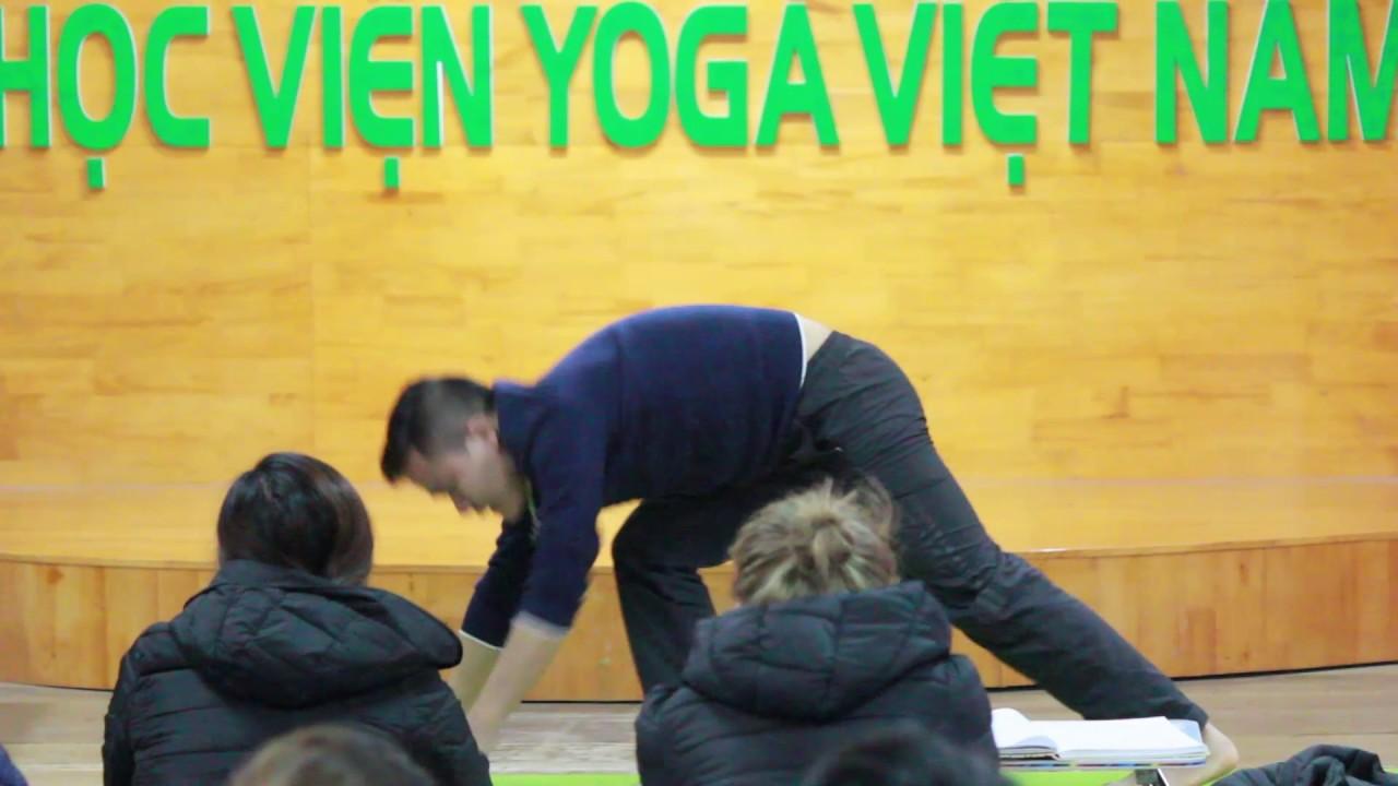 Kỹ năng đứng lớp dạy Yoga - Học viện Yoga Việt Nam
