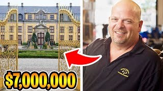 The Rich Life of The Pawn Stars