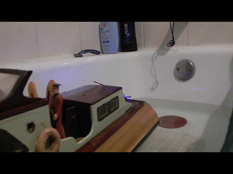 French Elle Rouen 1950's Metre class wood rc model boat gets 1500 scale HP!