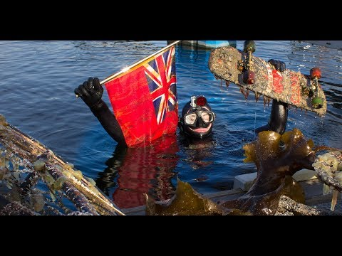Underwater treasure hunting In the canal - Found flag and skateboard