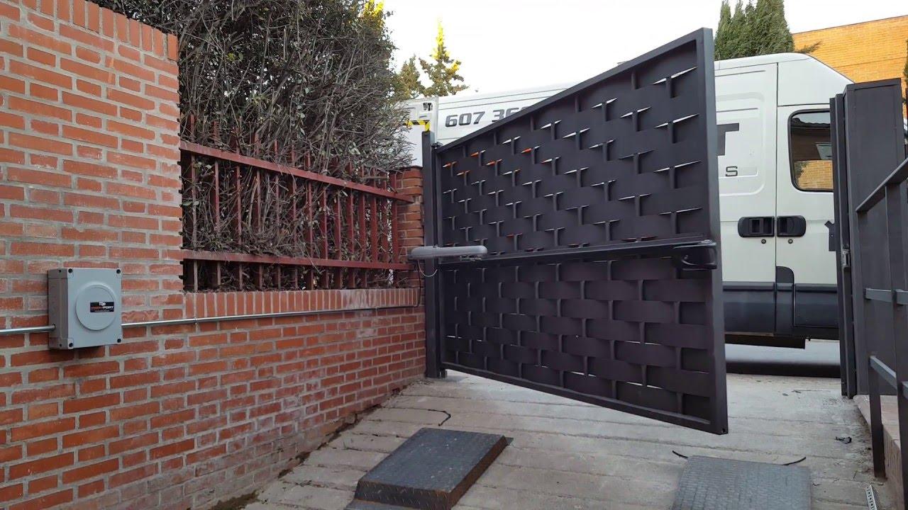 Video puerta garaje abatible youtube - Puertas abatibles garaje ...