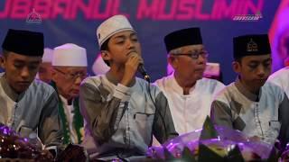 Gus Azmi || Kami Santri Bukan Artis || Sholawat Syubbanul Muslimin