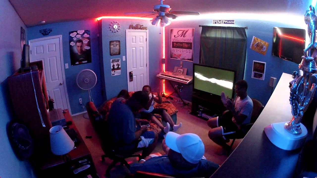 Pimp Plaza Man Cave Light Show Youtube