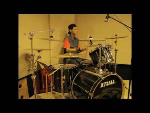 R Wiryawan - Bird (JKT48 Drum Cover)