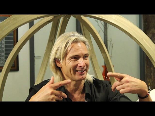 Ep #22 Ilco van der Linde, initiator van o.a. Dance4life en MasterPeace