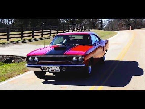 1970 Plymouth Road Runner HEMI RETRO DRIVE REVIEW #ClassicCarWeek 2015