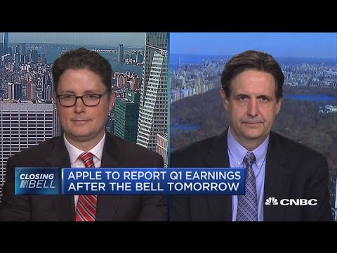 Need something really ugly out of Apple or China for stock to dip further: Tom Forte