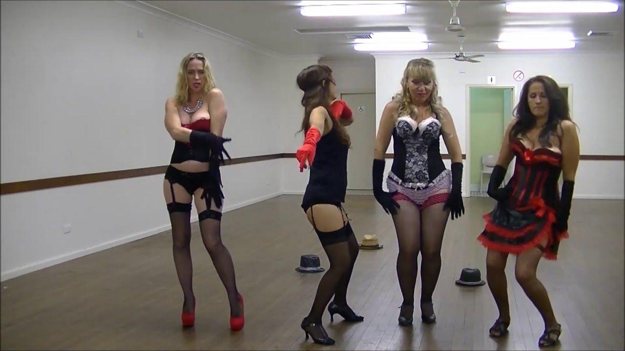 Девушка танцует в чулках смотреть онлайн, порно групповуха с красивыми сиськастыми женщинами