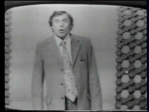 Larry Grayson- Shut That Door (1972)