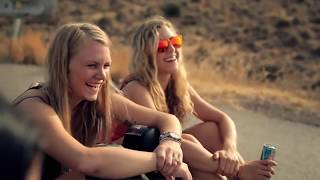 Peer Kusiv -  Hoch Tief #LongboardGirlsCrew
