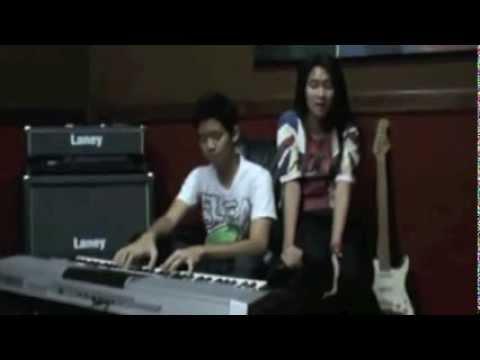 Video Cover Version : Diandra & Tristan Juliano - Someone Like You (Adele)