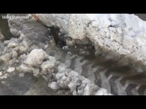 Clearing snow, ice from Boise storm drains