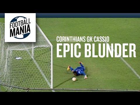 Cássio FAIL! Epic Goalkeeper Blunder vs. Guaraní