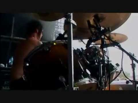 Avenged Sevenfold  - Burn It Down [HQ] (Live @ Graspop 2006)