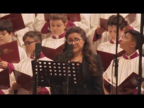 Cecilia Bartoli se convierte en la primera mujer que canta en la Capilla Sixtina
