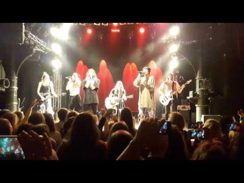 Cimorelli live in Hamburg - Never Let Me Fall
