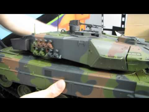Arctic Hobby Land Rider 403 RC Tank Unboxing & First Look Linus Tech Tips
