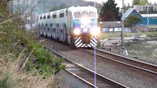 Sounder commuter train with engines at both ends