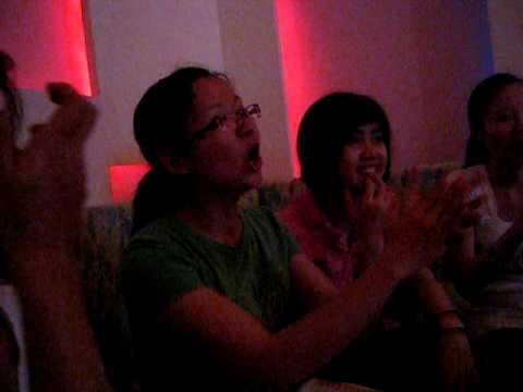 Phuc's Hilarious Karaoke Reactions Volume 4