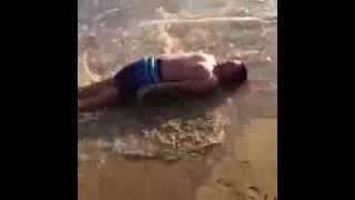 FRANK MATANO un tonno spiaggiato