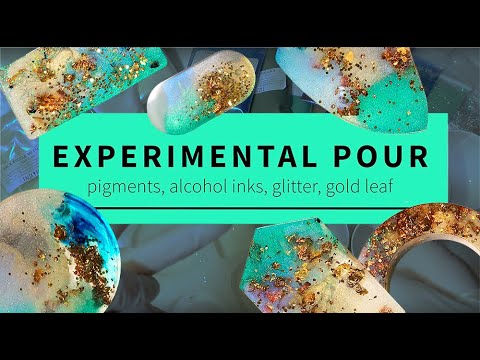EXPERIMENTAL RESIN POUR! Pigments, alcohol inks, glitter, gold leaf.