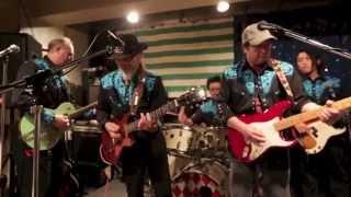 The Boso Boys Live at Toppers Bar -- Santa